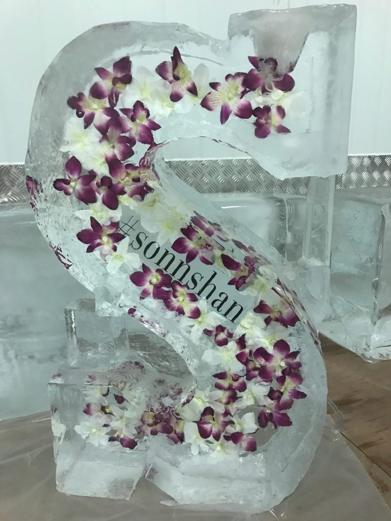 Ice Sculpture S Flower Luge