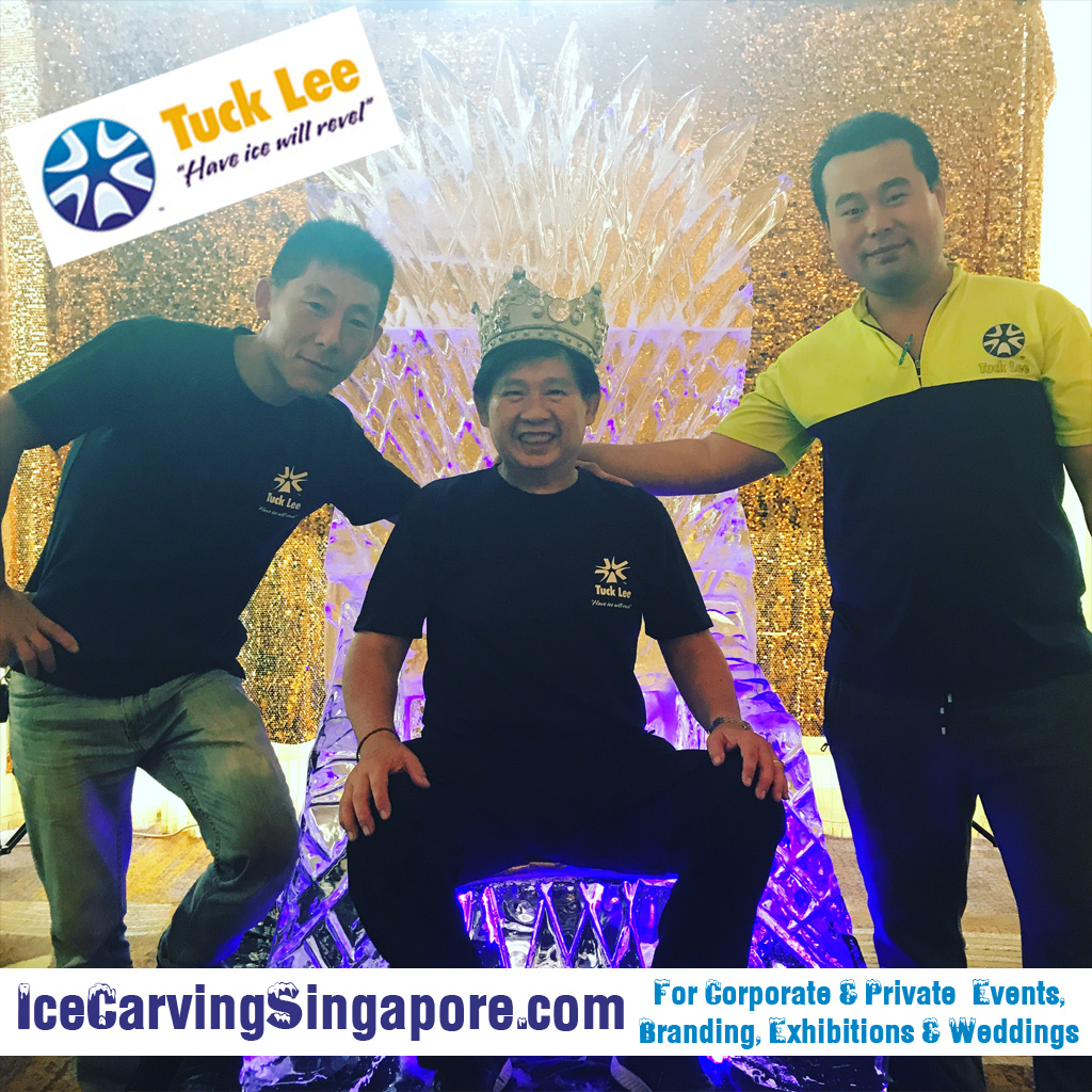 ice sculpturing - ice throne - game of thrones ice sculpture