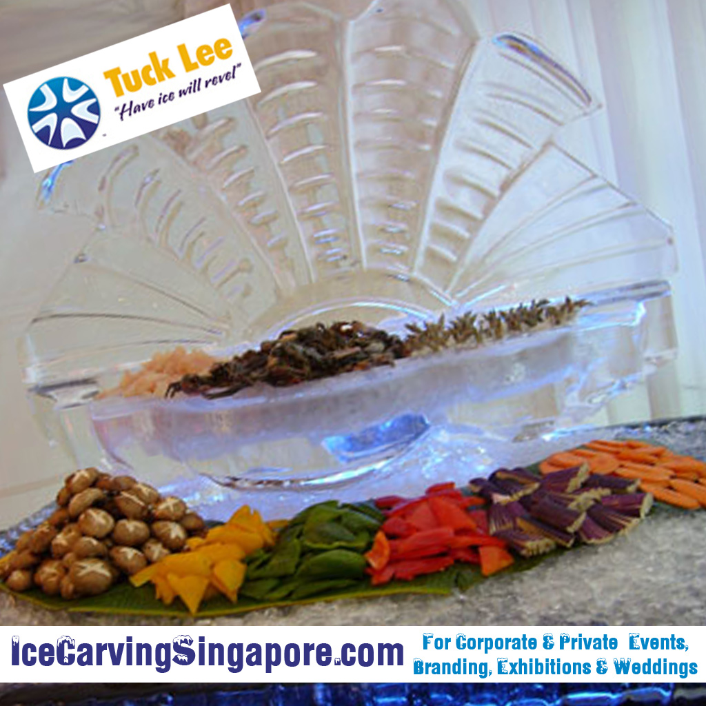 Open Clam Shell Ice Sculpture